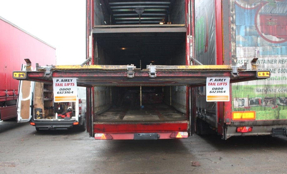 Commercial Truck Tail Lift